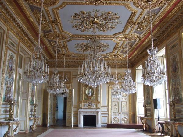 l 39 agora des arts patrimoines h tel de la marine l ancien garde meubles de louis xv. Black Bedroom Furniture Sets. Home Design Ideas