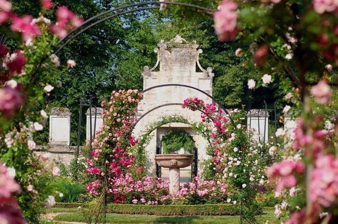 L 39 agora des arts patrimoines abbaye de chaalis - Jardin de la rose doue la fontaine ...